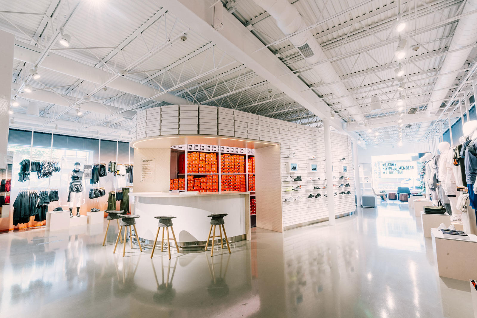 missions-mmm-future-retail-concept-nike-melrose-los-angeles
