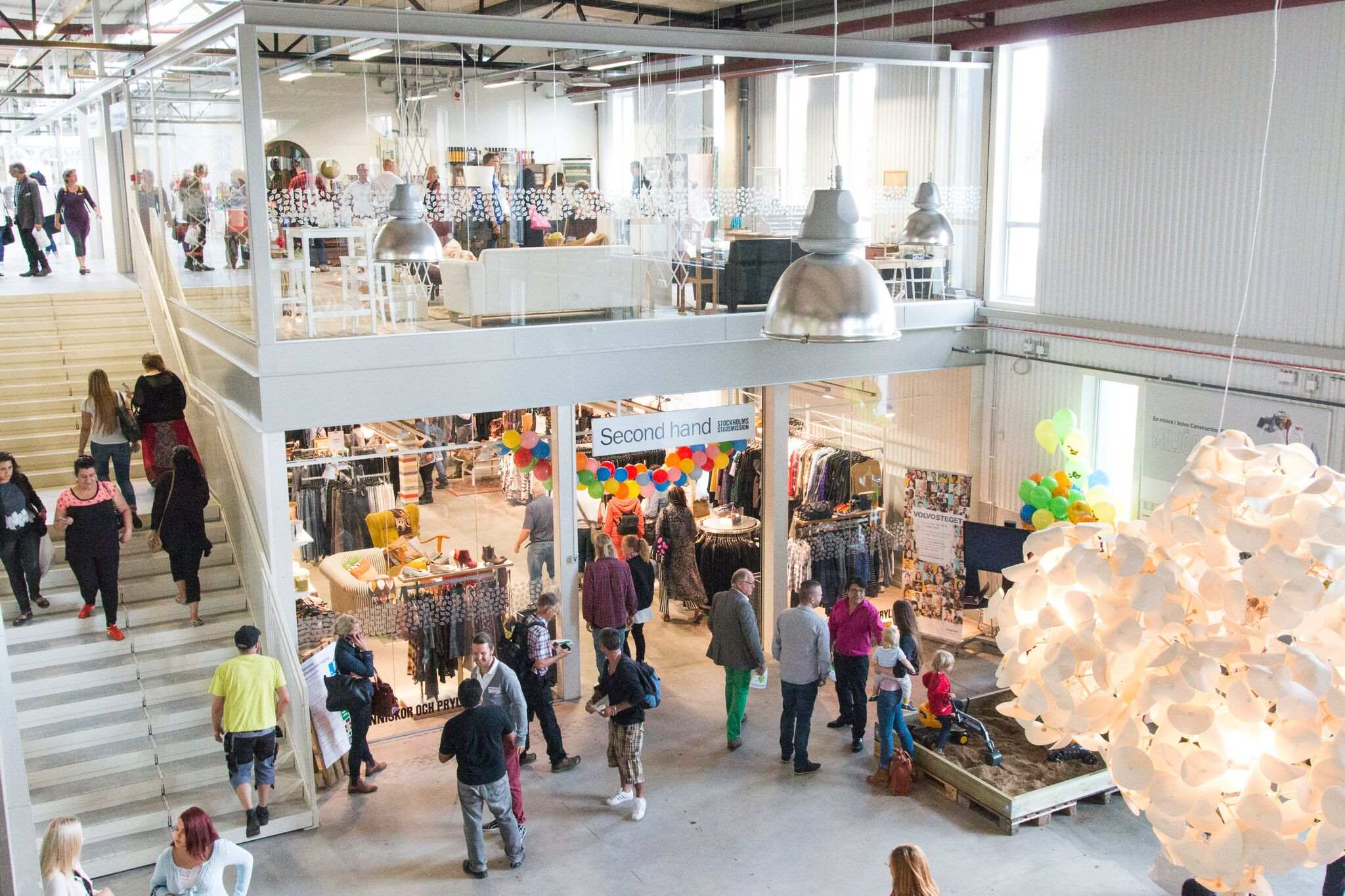 missions-mmm-store-tour-green-conscious-recycle (1)