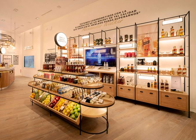 Johnnie-Walker_whisky-boutique-magasin-salamanca-madrid-interactive-retail-missions-mmm