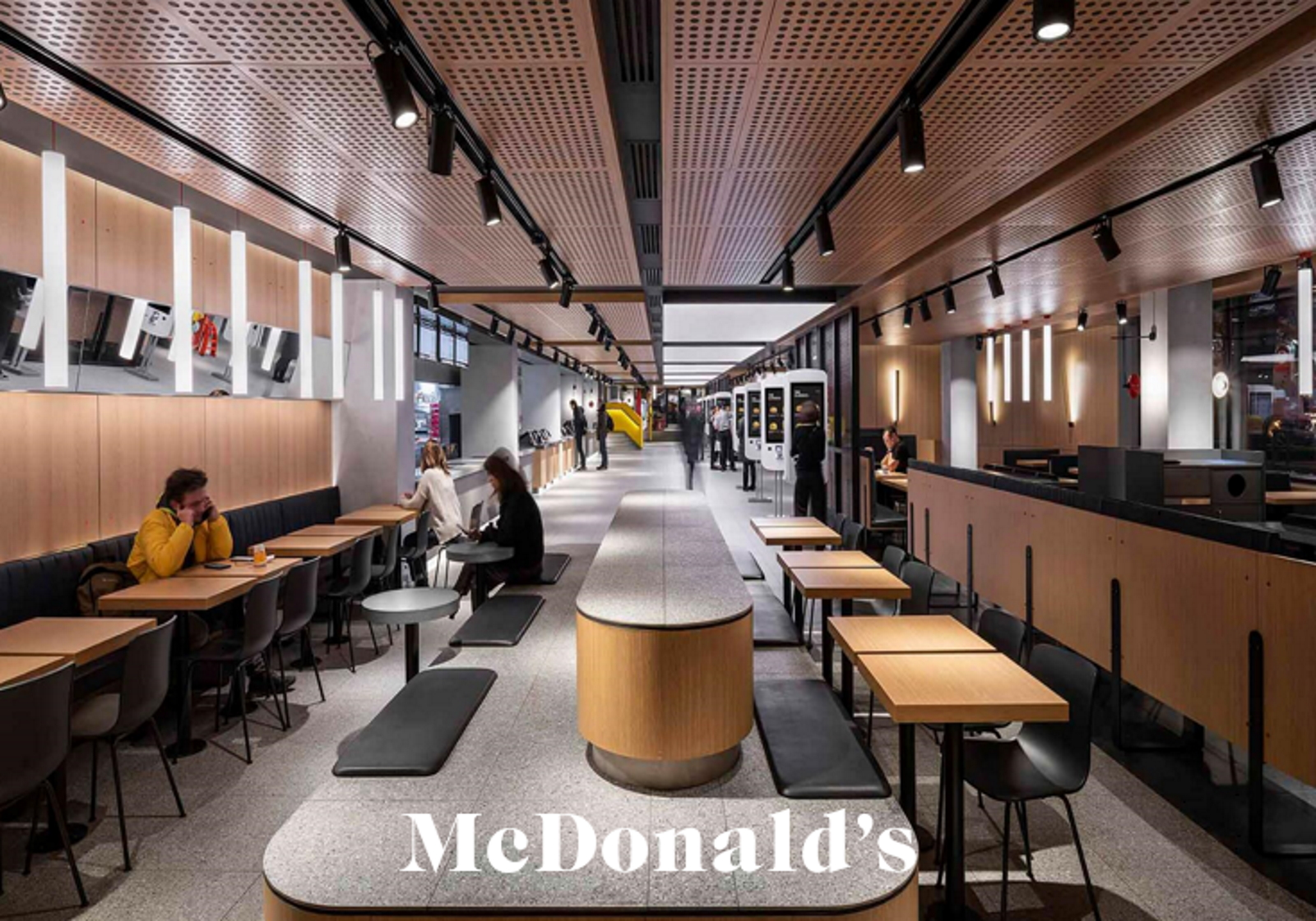 mcdonalds retail tour moscou misions mmm