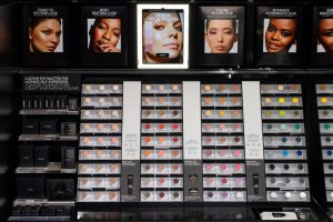 Mac cosmetics innovation lab retail tour beauté missions mmm 5